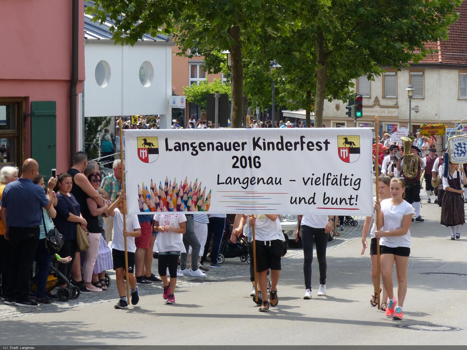 """Kinderfest 2016 Motto """"Langenau vielseitig und bunt"""""""